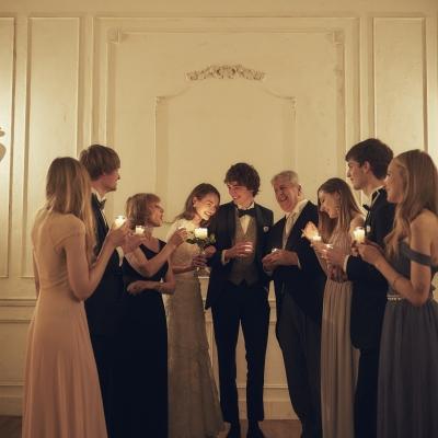 キャンドルセレモニーを行う少人数結婚式