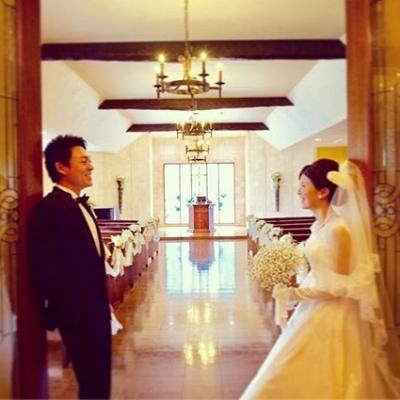 結婚式場ヒルサイドガーデンのチャペル入口