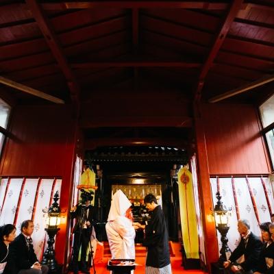 日光二荒山神社挙式で指輪交換