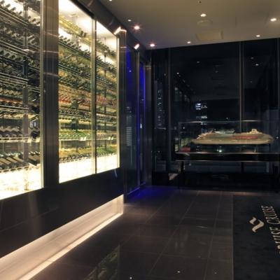 クルーズクルーズ新宿のワインセラー