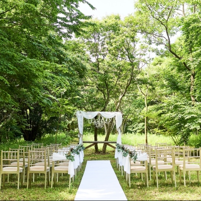 森の中の結婚式