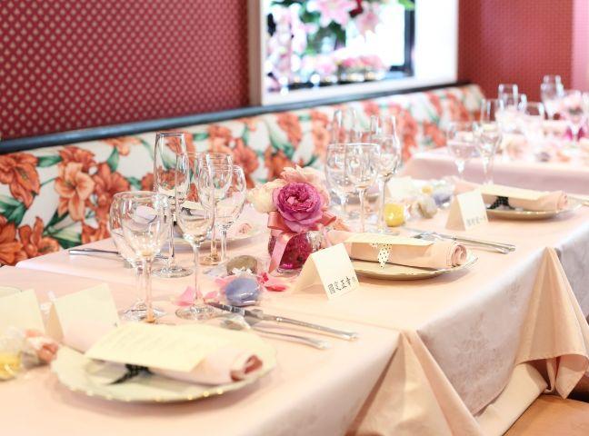 レストランラブレーの可愛らしいテーブルコーディネート
