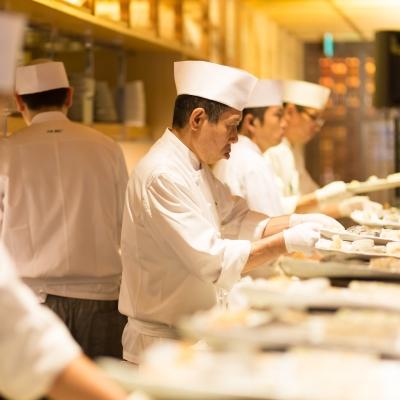 寿司バーが併設された結婚式会場