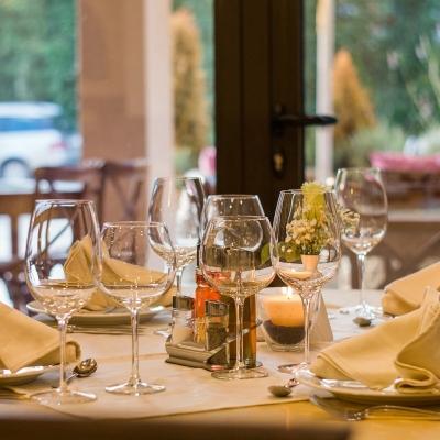 レストランのテーブルコーディネート