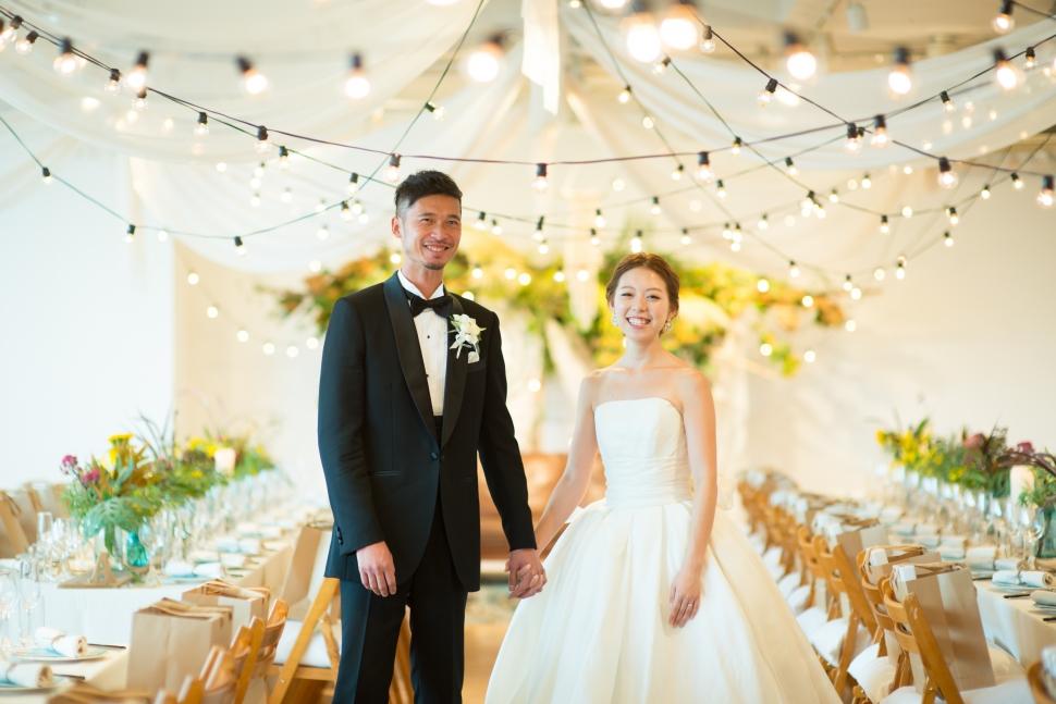 クラスカで結婚式を挙げる新郎新婦