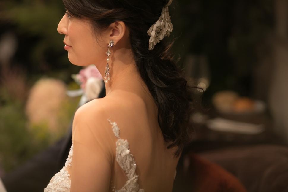 ポニーテールの花嫁