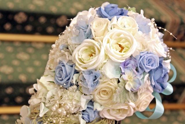 少人数の結婚式を彩るお気に入りのブーケ