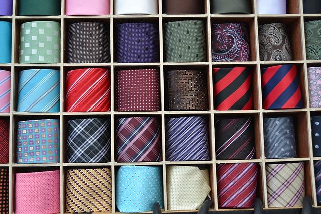 結婚式に付けるネクタイ一覧
