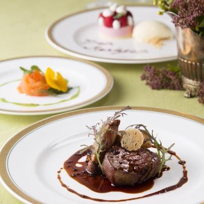箱根ホテルの婚礼コース料理